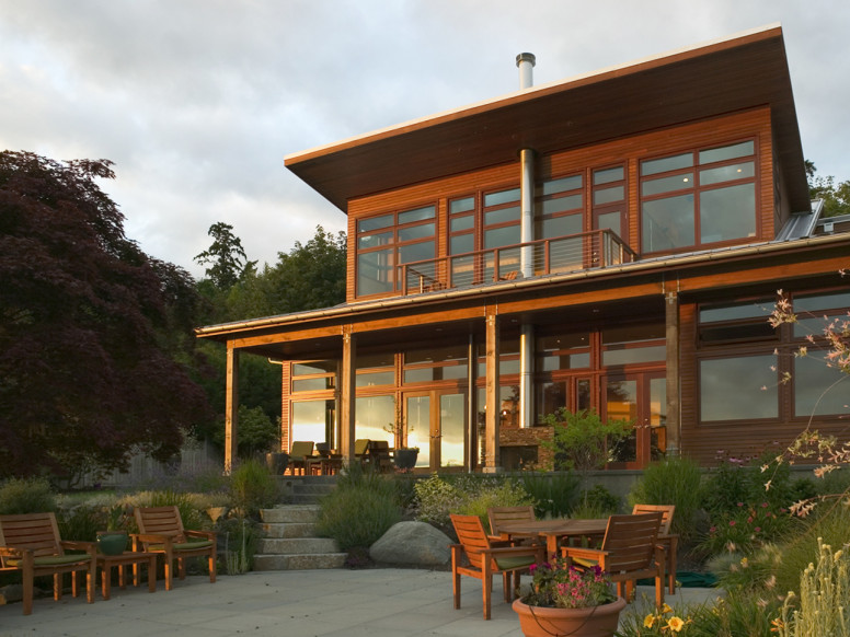 Natural waterfront home unison windows for Unison house