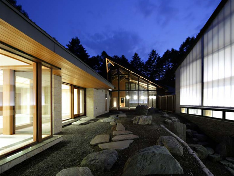 Unison Windows - Resort in Japan